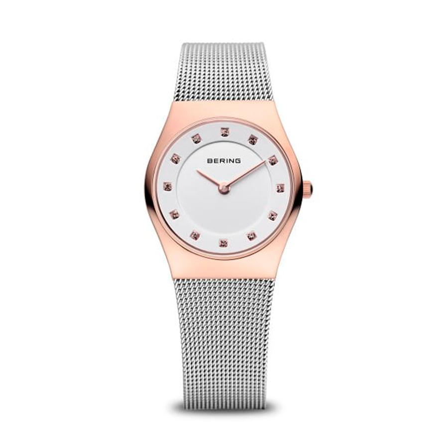 Reloj Bering Classic Mujer 11927-064 Acero rosado con esfera blanca ornamentada con Swarovski Elements y correa malla milanesa plata